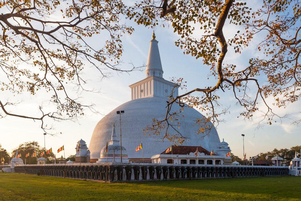 Mahatupa grand Dagoba à Anuradhapura