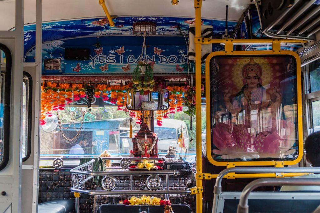 intérieur bus au sri lanka