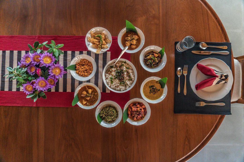 plat rice and curry sri lanka